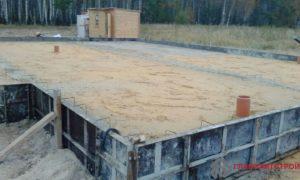 Тромбовка песка, в процессе утрамбовывается до 30% исходного объема.